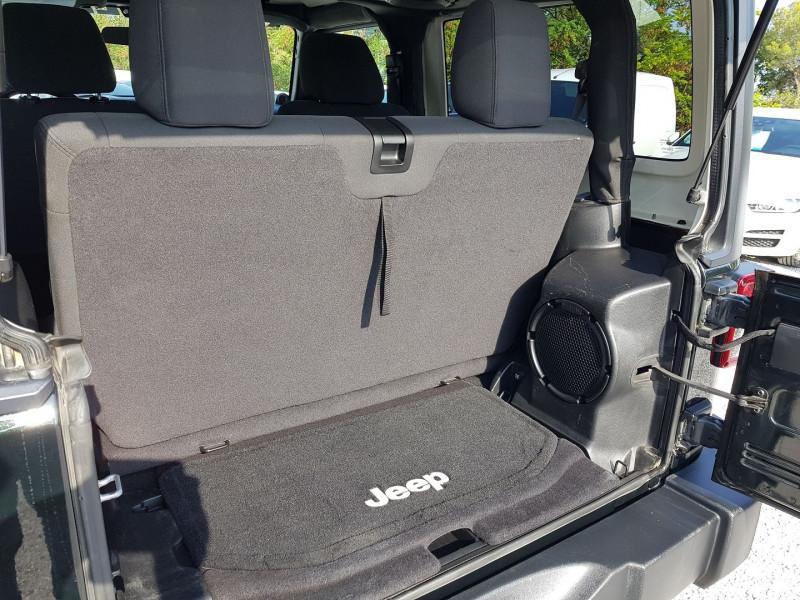 Photo 9 de l'offre de JEEP WRANGLER 2.8 CRD 200 FAP SAHARA BVA à 32900€ chez Villeneuve Auto