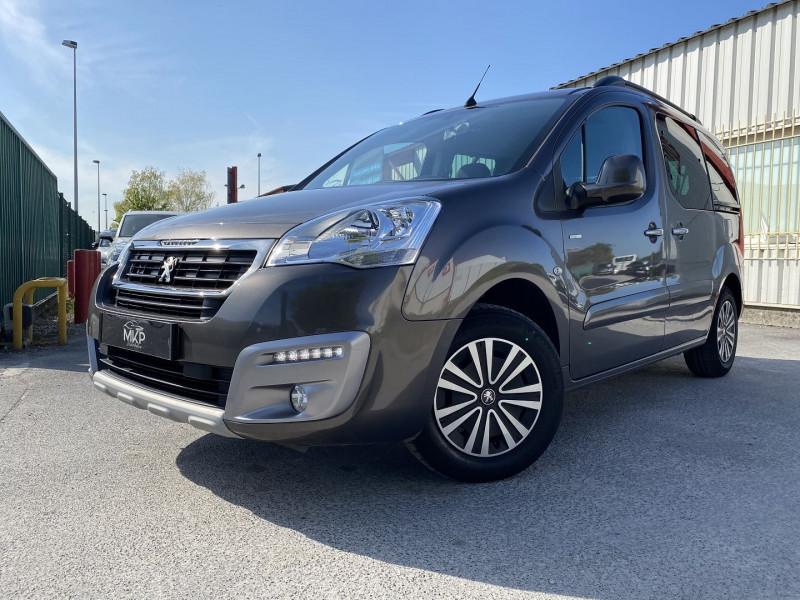 Peugeot PARTNER TEPEE 1.6 BLUEHDI 100CH STYLE Diesel GRIS MOKA MÉTAL Occasion à vendre