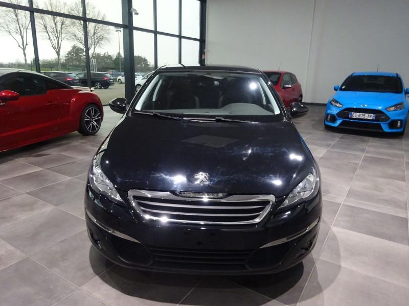 Photo 11 de l'offre de PEUGEOT 308 1.6 BLUEHDI 120CH STYLE S&S 5P à 15490€ chez 26 AUTO