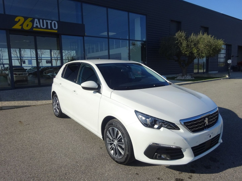 Photo 3 de l'offre de PEUGEOT 308 1.5 BLUEHDI 130CH S&S ALLURE PACK EAT8 à 23990€ chez 26 AUTO