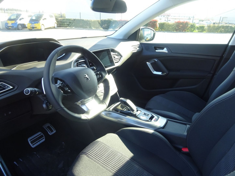 Photo 6 de l'offre de PEUGEOT 308 1.5 BLUEHDI 130CH S&S ALLURE PACK EAT8 à 23990€ chez 26 AUTO