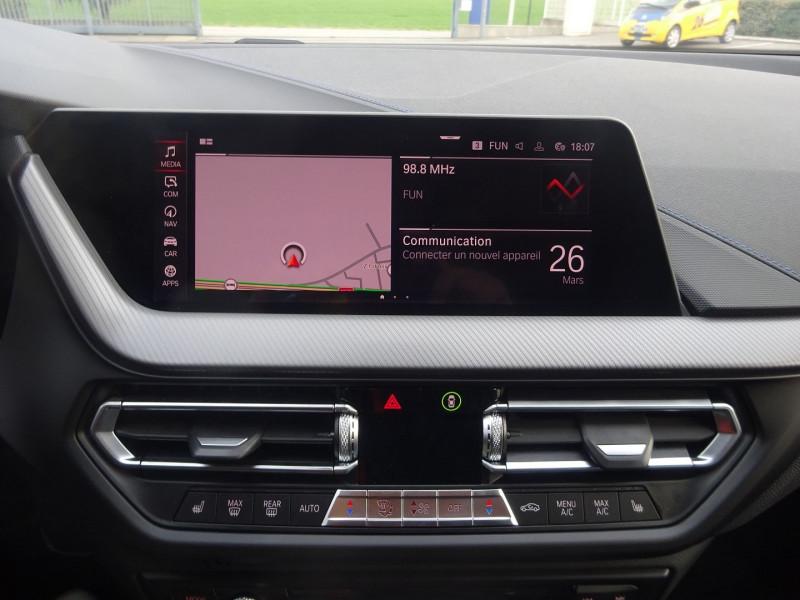 Photo 14 de l'offre de BMW SERIE 1 (F40) 118DA 150CH M SPORT 8CV à 32900€ chez 26 AUTO