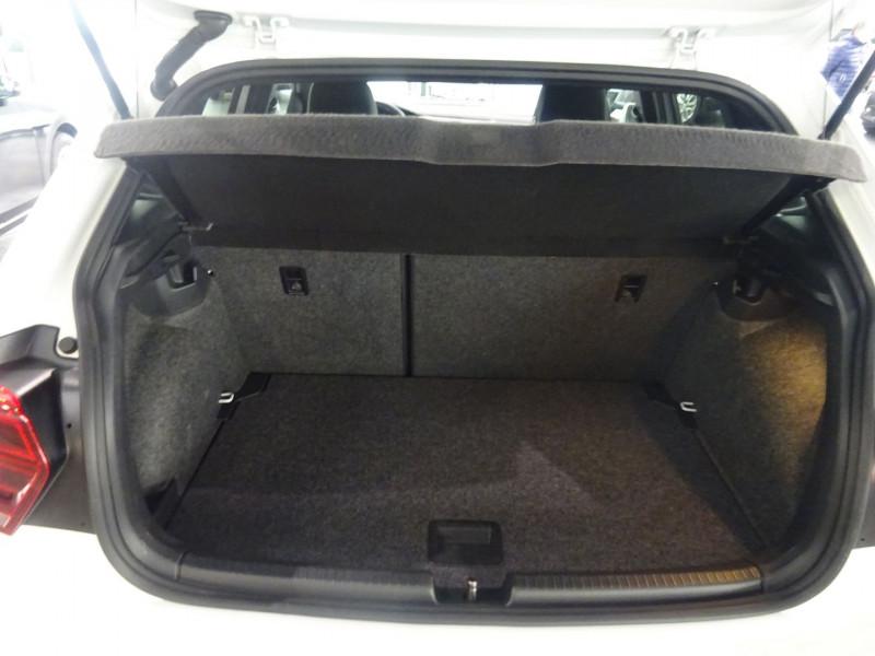 Photo 9 de l'offre de VOLKSWAGEN POLO 2.0 TSI 200CH GTI DSG6 EURO6D-T à 25500€ chez 26 AUTO