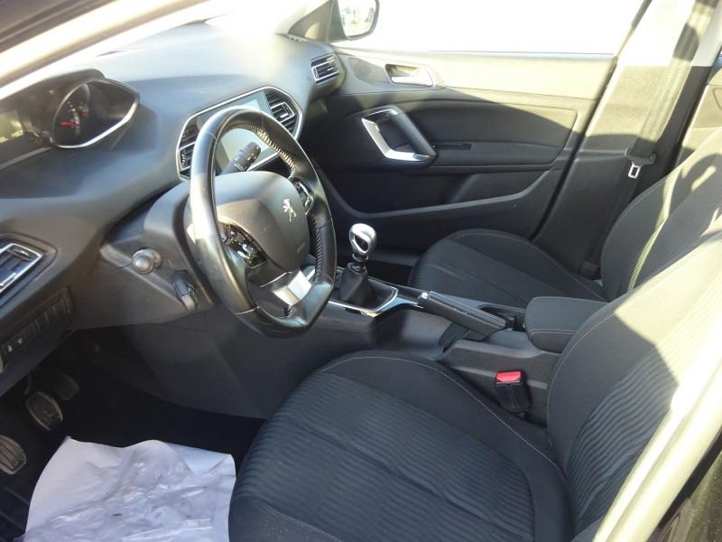 Photo 5 de l'offre de PEUGEOT 308 1.6 BLUEHDI 120CH ACTIVE BUSINESS S&S 5P à 13290€ chez 26 AUTO