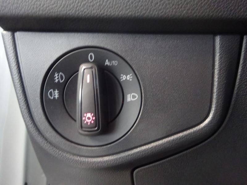 Photo 14 de l'offre de VOLKSWAGEN POLO 2.0 TSI 200CH GTI DSG6 EURO6D-T à 25500€ chez 26 AUTO