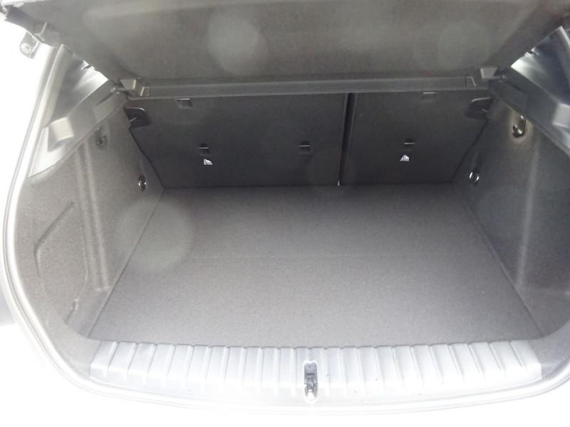 Photo 9 de l'offre de BMW SERIE 1 (F40) 118DA 150CH M SPORT 8CV à 32390€ chez 26 AUTO