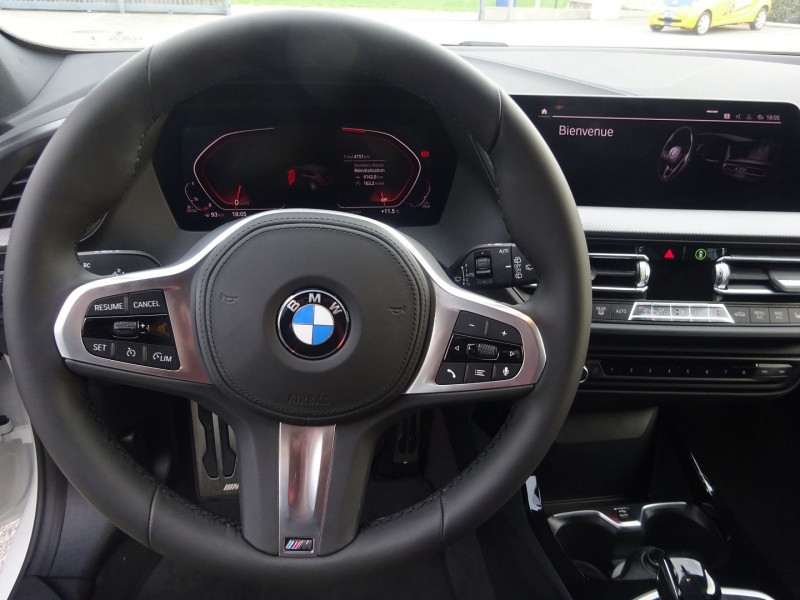 Photo 11 de l'offre de BMW SERIE 1 (F40) 118DA 150CH M SPORT 8CV à 32390€ chez 26 AUTO