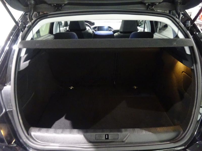 Photo 18 de l'offre de PEUGEOT 308 1.6 BLUEHDI 120CH STYLE S&S 5P à 14990€ chez 26 AUTO