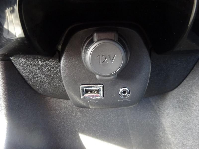 Photo 18 de l'offre de CITROEN C1 VTI 72 FEEL 5P à 9590€ chez 26 AUTO