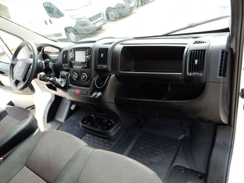Photo 9 de l'offre de PEUGEOT BOXER FG 330 L1H1 2.0 BLUEHDI 110 PREMIUM PACK à 13490€ chez JML Auto