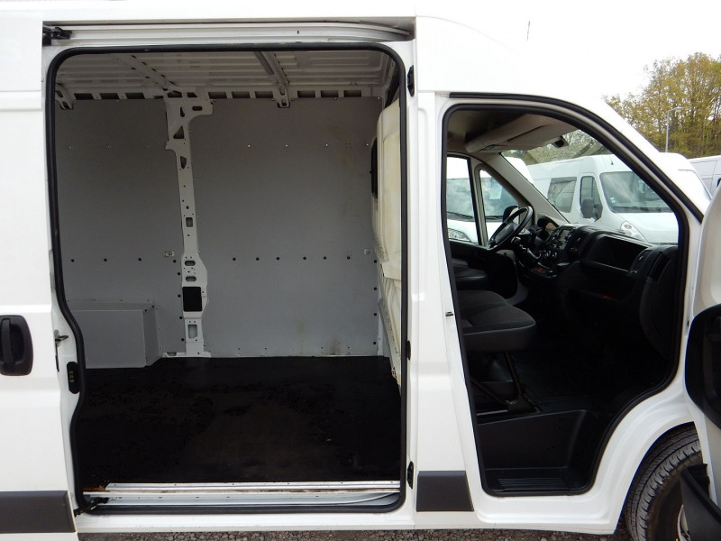 Photo 5 de l'offre de CITROEN JUMPER L2 H2 2.2 E-HDI 150CV BUSINESS SUSPENSION ARRIERE PNEUMATIQUE à 14990€ chez JML Auto
