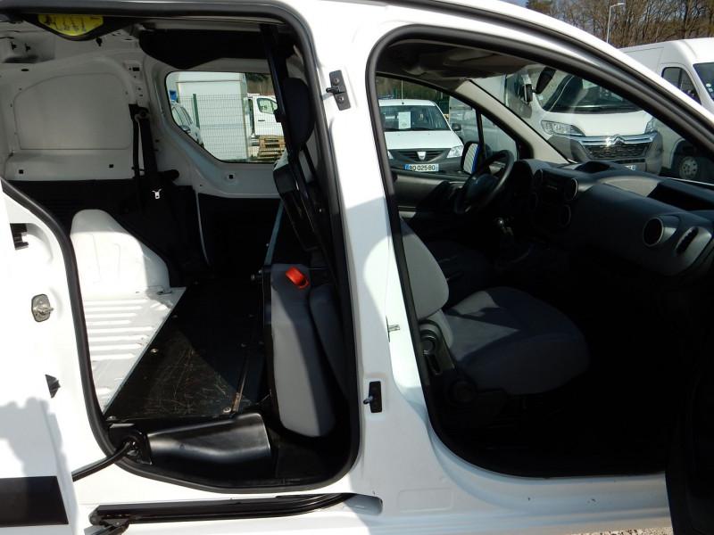 Photo 6 de l'offre de PEUGEOT PARTNER 5PLACES 1.6 HDI90 L2 CABINE APPROFONDIE CONFORT à 10990€ chez JML Auto