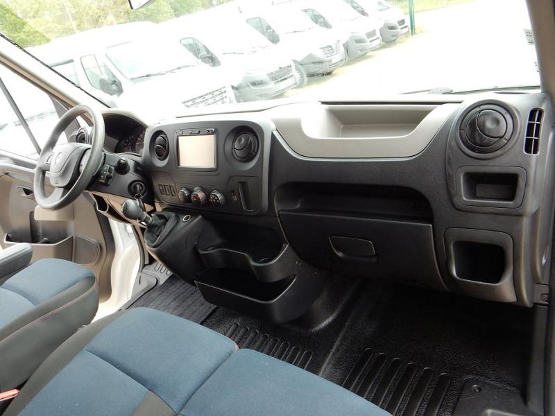 Photo 11 de l'offre de RENAULT MASTER III 2.3 DCI 170CH L1 H1 GRAND CONFORT R-LINK EURO6 à 16490€ chez JML Auto