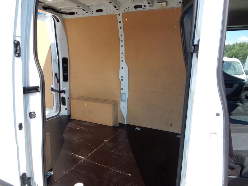 Photo 6 de l'offre de RENAULT MASTER III FG 2.3 DCI 130CH L1 H2 GRAND CONFORT EURO6 à 16990€ chez JML Auto