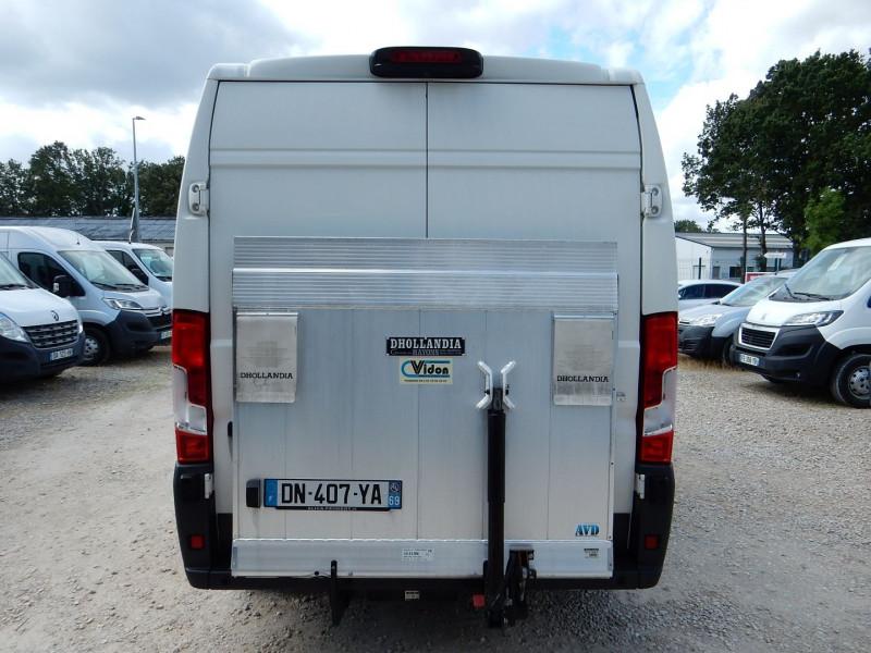 Photo 5 de l'offre de PEUGEOT BOXER HAYON ELEVATEUR DHOLLANDIA L1H2 2.2 HDI 130 PACK CD CLIM à 19990€ chez JML Auto