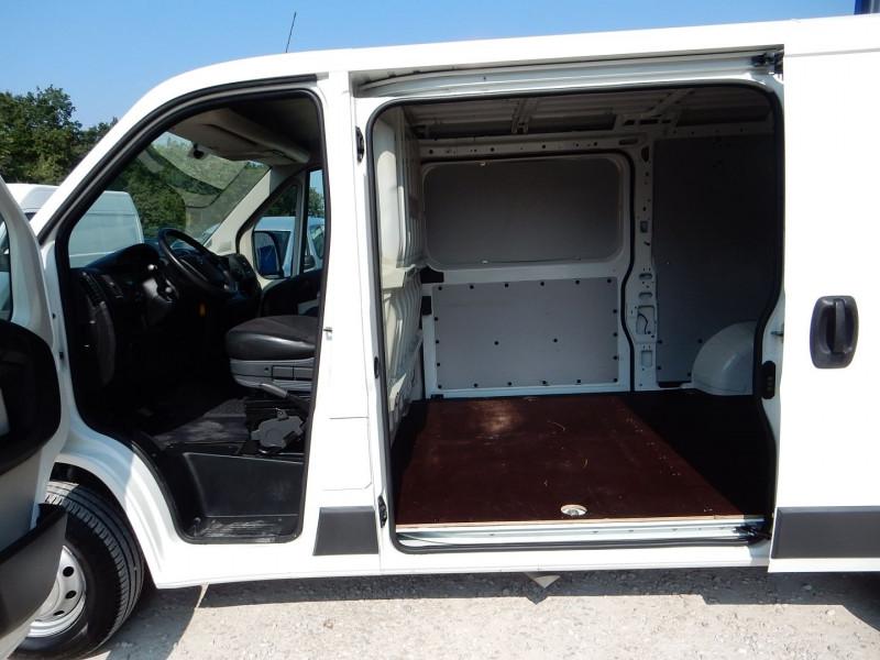 Photo 5 de l'offre de CITROEN JUMPER FG 30 L2H1 2.0 BLUEHDI 130 BUSINESS à 15990€ chez JML Auto