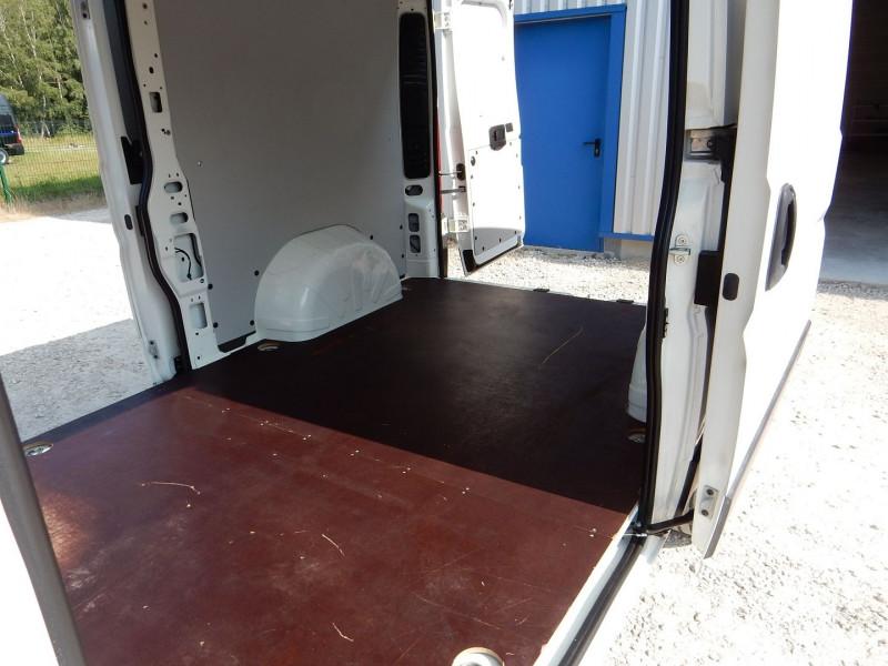 Photo 7 de l'offre de CITROEN JUMPER FG 30 L2H1 2.0 BLUEHDI 130 BUSINESS à 15990€ chez JML Auto