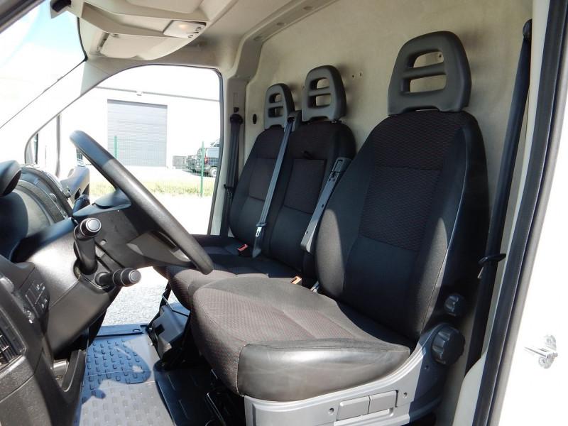 Photo 10 de l'offre de CITROEN JUMPER FG 30 L2H1 2.0 BLUEHDI 130 BUSINESS à 15990€ chez JML Auto