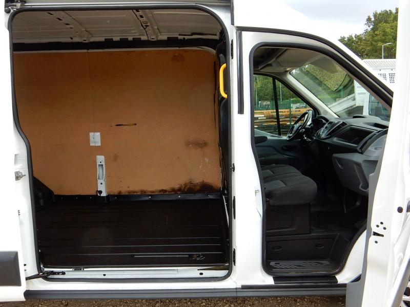 Photo 5 de l'offre de FORD TRANSIT 2.0 TDCI 170CH L3 H2 TREND BUSINESS PACK CLIM RADAR AVANT ARRIERE à 17990€ chez JML Auto