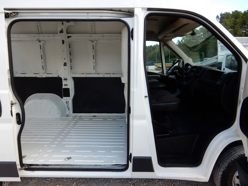 Photo 5 de l'offre de PEUGEOT BOXER 2.2 HDI 110CV L1 H2 CONFORT à 12990€ chez JML Auto