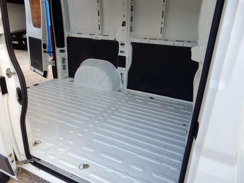 Photo 6 de l'offre de PEUGEOT BOXER 2.2 HDI 110CV L1 H2 CONFORT à 12990€ chez JML Auto