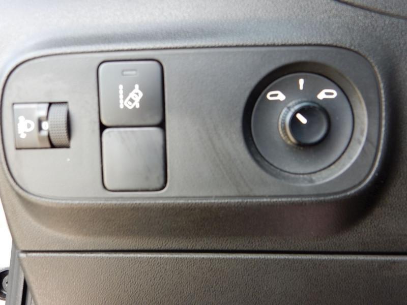 Photo 17 de l'offre de CITROEN C3 STE 1.2 PURETECH 82CH FEEL NAV à 9990€ chez JML Auto
