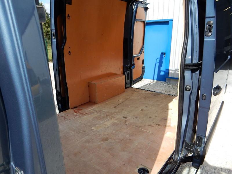 Photo 11 de l'offre de RENAULT MASTER III 2.3 DCI 170CH L2 H2 ENERGY GRAND CONFORT EURO6 à 24990€ chez JML Auto