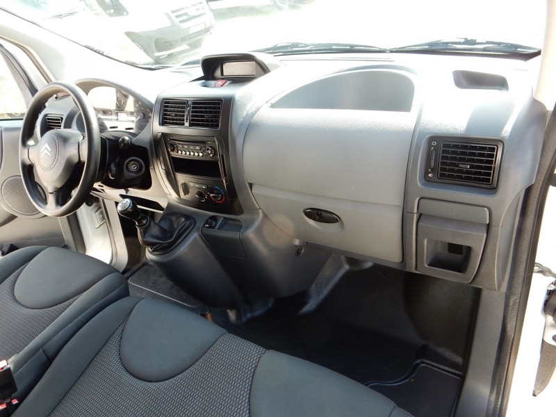Photo 13 de l'offre de CITROEN JUMPY L1H1 HDI90 CONFORT PACK CLIM à 10990€ chez JML Auto