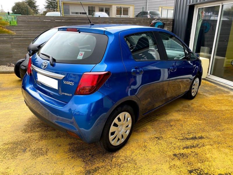 Photo 2 de l'offre de TOYOTA YARIS HSD 100H BUSINESS 5P à 13490€ chez Alliance automobile