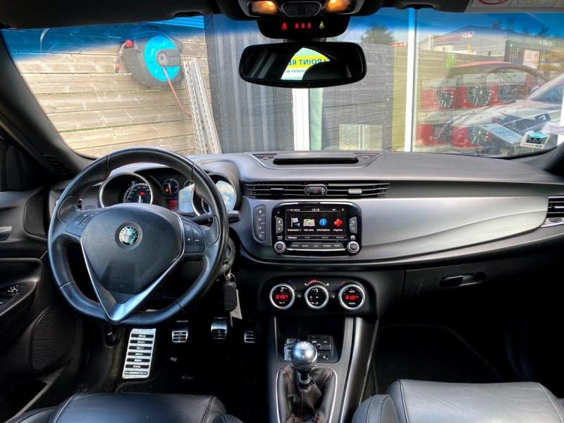 Photo 5 de l'offre de ALFA ROMEO GIULIETTA 2.0 JTDM 150CH EXCLUSIVE STOP&START à 9990€ chez Alliance automobile