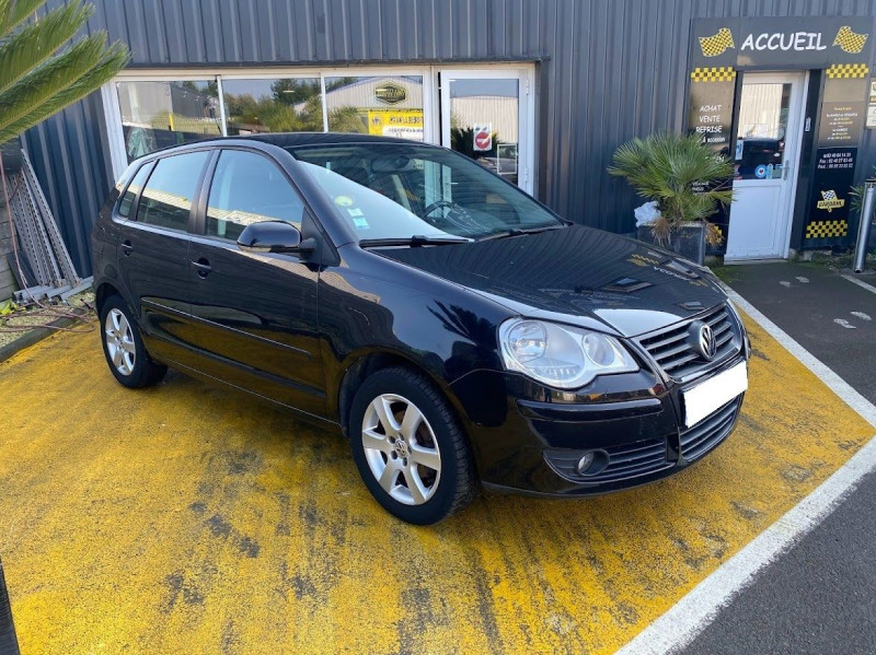Volkswagen POLO 1.6 105CH CONFORTLINE 5P Essence NOIR Occasion à vendre