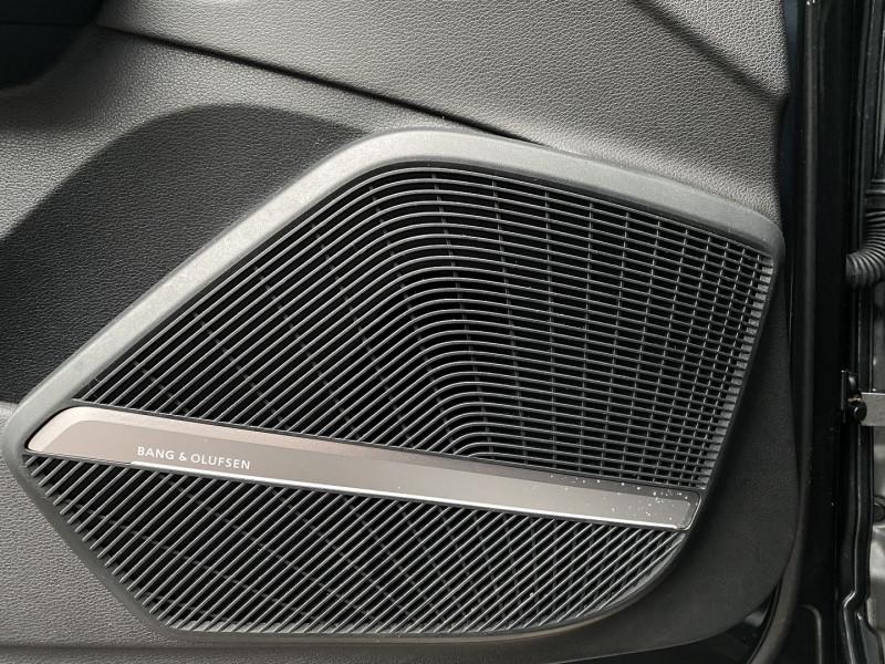 Photo 23 de l'offre de AUDI Q5 2.0 TDI 190CH BUSINESS EXECUTIVE QUATTRO S TRONIC 7 à 33970€ chez Autos Shala