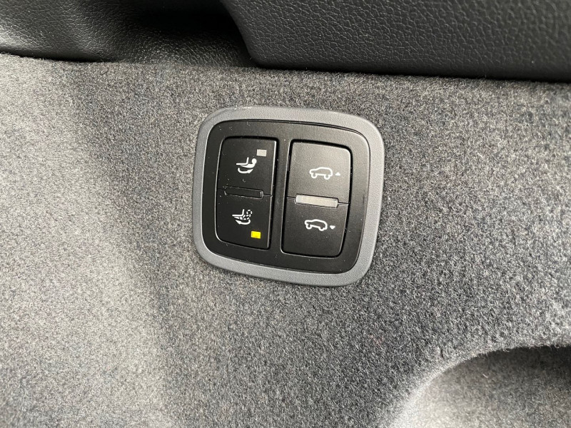 Photo 15 de l'offre de PORSCHE MACAN 3.6 V6 440CH TURBO PACK PERFORMANCE PDK à 62970€ chez Autos Shala
