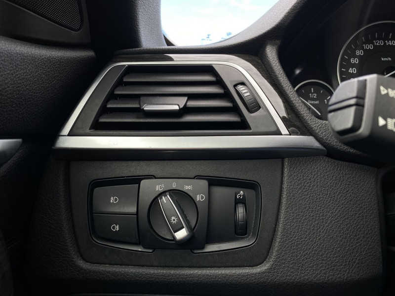Photo 23 de l'offre de BMW SERIE 4 CABRIOLET (F33) 430DA 258CH LUXURY à 35970€ chez Autos Shala