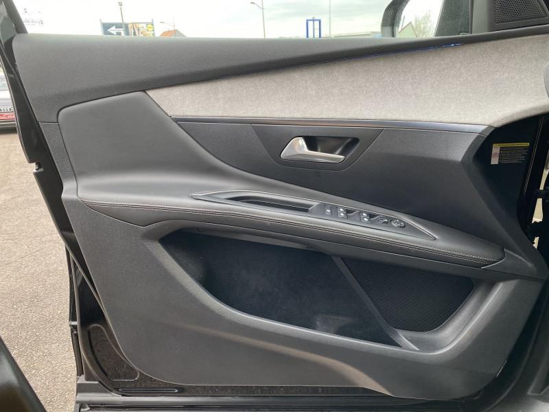 Photo 22 de l'offre de PEUGEOT 3008 2.0 BLUEHDI 180CH S&S GT EAT8 à 24970€ chez Autos Shala
