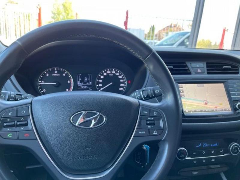 Photo 19 de l'offre de HYUNDAI I20 1.4 CRDI 90 INTUITIVE PLUS à 10970€ chez Autos Shala