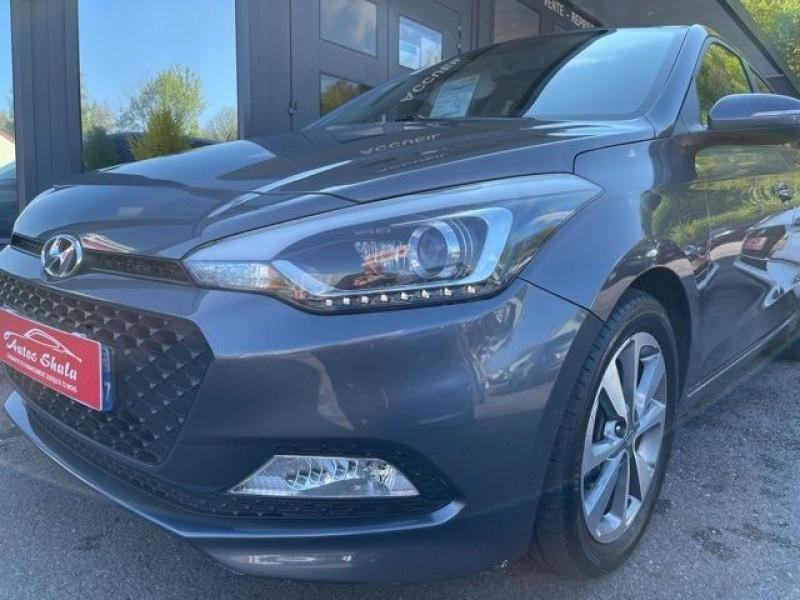 Photo 11 de l'offre de HYUNDAI I20 1.4 CRDI 90 INTUITIVE PLUS à 10970€ chez Autos Shala