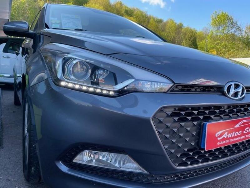 Photo 12 de l'offre de HYUNDAI I20 1.4 CRDI 90 INTUITIVE PLUS à 10970€ chez Autos Shala