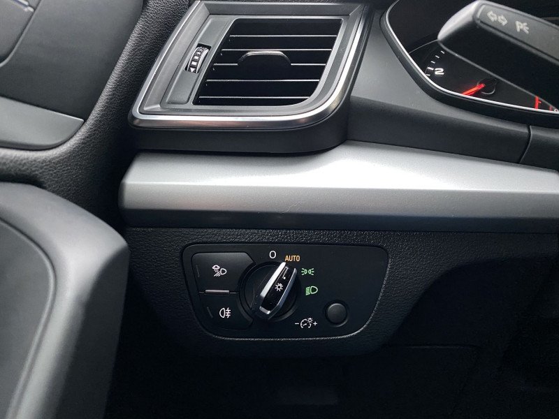 Photo 21 de l'offre de AUDI Q5 2.0 TDI 190CH BUSINESS EXECUTIVE QUATTRO S TRONIC 7 à 33970€ chez Autos Shala