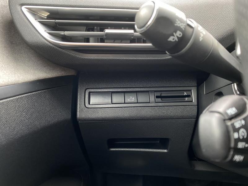 Photo 20 de l'offre de PEUGEOT 3008 2.0 BLUEHDI 180CH S&S GT EAT8 à 24970€ chez Autos Shala