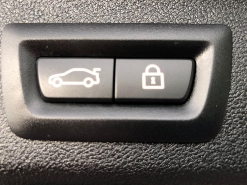 Photo 17 de l'offre de BMW SERIE 5 TOURING (G31) 520DA 190CH LUXURY EURO6D-T à 37980€ chez Autos Shala
