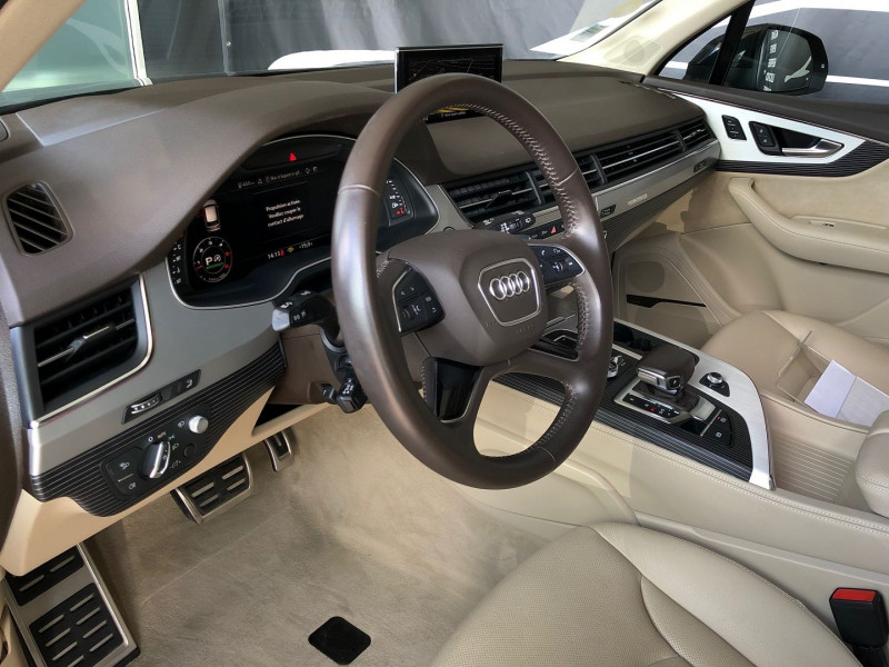 Photo 11 de l'offre de AUDI Q7 50 TDI 286CH AVUS EXTENDED QUATTRO TIPTRONIC 5 PLACES à 59970€ chez Autos Shala