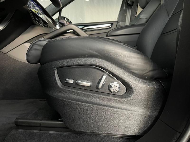 Photo 30 de l'offre de PORSCHE CAYENNE COUPE 3.0 V6 462CH E-HYBRID EURO6D-T-EVAP-ISC à 137980€ chez Autos Shala