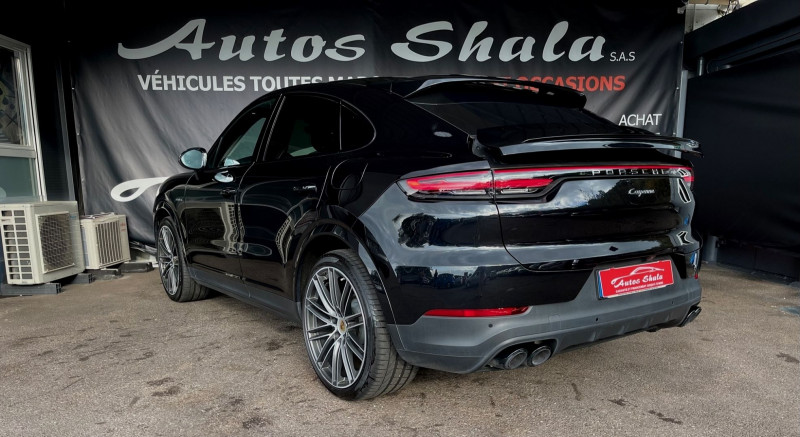 Photo 11 de l'offre de PORSCHE CAYENNE COUPE 3.0 V6 462CH E-HYBRID EURO6D-T-EVAP-ISC à 137980€ chez Autos Shala
