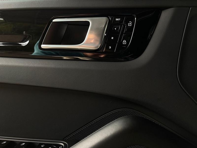 Photo 14 de l'offre de PORSCHE CAYENNE COUPE 3.0 V6 462CH E-HYBRID EURO6D-T-EVAP-ISC à 137980€ chez Autos Shala