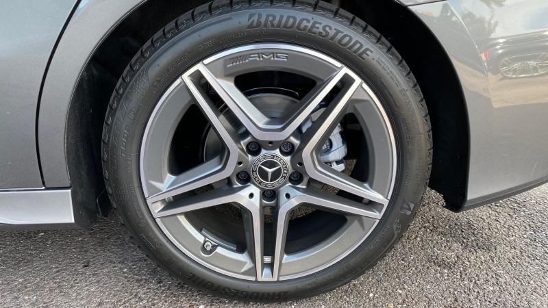 Photo 24 de l'offre de MERCEDES-BENZ CLASSE A BERLINE 180 136CH AMG LINE 7G-DCT 7CV à 37980€ chez Autos Shala