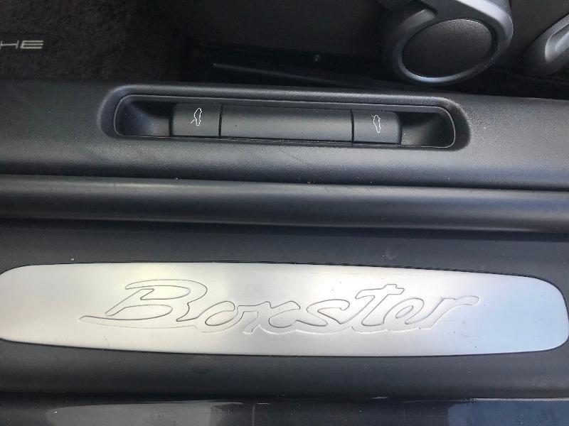 Photo 14 de l'offre de PORSCHE Boxster 2.7 240ch à 26500€ chez AR Cars Automobiles