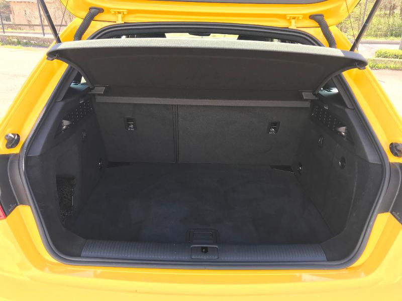 Photo 20 de l'offre de AUDI A3 Sportback 35 TDI 150ch S line Plus S tronic 7 Euro6d-T à 27900€ chez AR Cars Automobiles