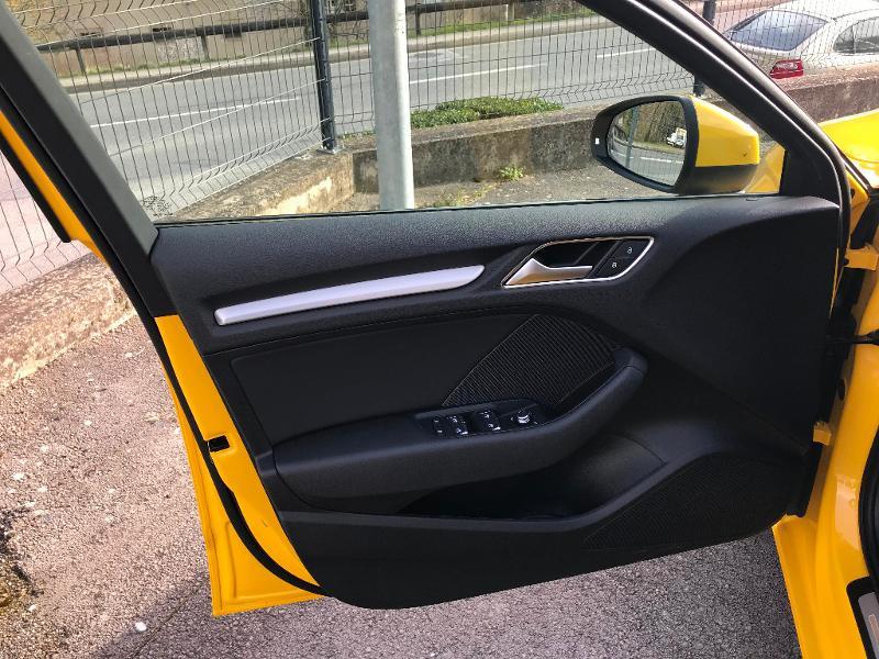 Photo 18 de l'offre de AUDI A3 Sportback 35 TDI 150ch S line Plus S tronic 7 Euro6d-T à 27900€ chez AR Cars Automobiles