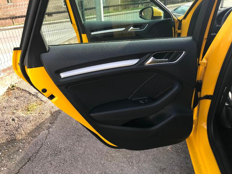 Photo 19 de l'offre de AUDI A3 Sportback 35 TDI 150ch S line Plus S tronic 7 Euro6d-T à 27900€ chez AR Cars Automobiles